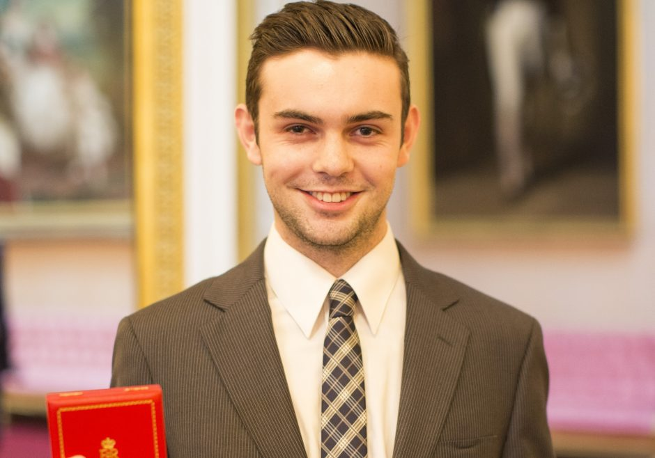 Alexander Stonyer-Dubinovsky 2016 Queen's Young Leader from Australia