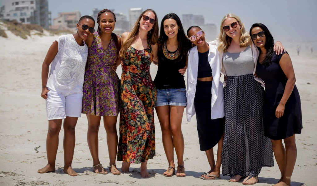 Vlogger Caspar Lee visits 2017 Queen's Young Leaders in South Africa