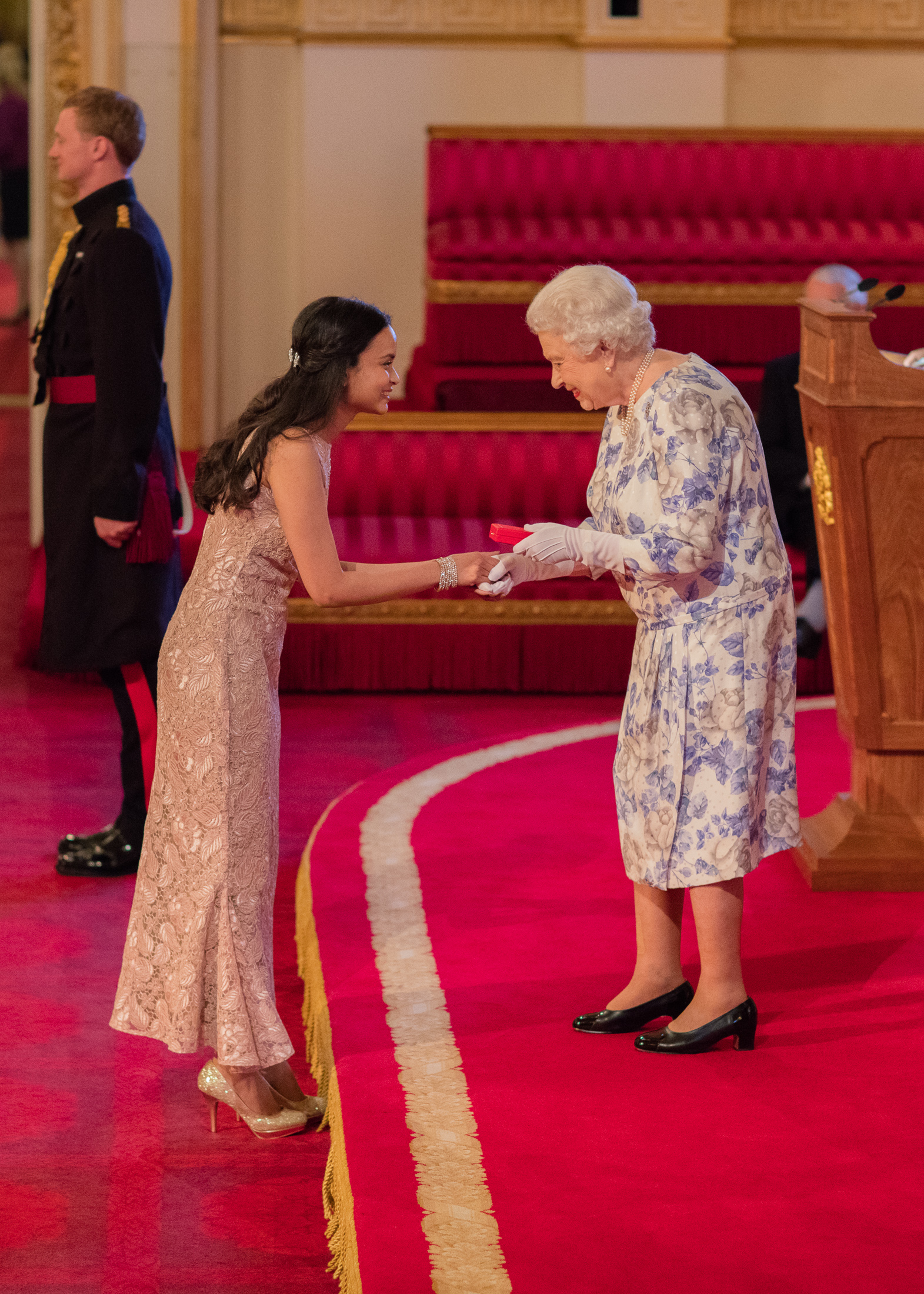 Gunjan Mhapankar 2016 Queen's Young Leader